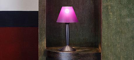 FLOS Smart MISS SISSI bordlampe