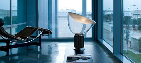 FLOS LED designer bordlampe Taccia small