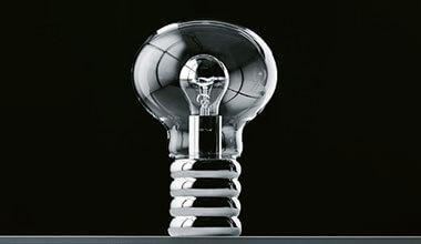 Bordlampen Bulb - klassikeren fra Ingo Maurer