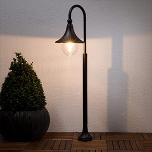 Daphne - vejlampe i sort