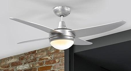 Hvad skal man være opmærksom på ved ventilatorer med lysfunktion?
