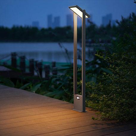 Solcelle vejlampen Valerian med sensor og lysstærke LED´er