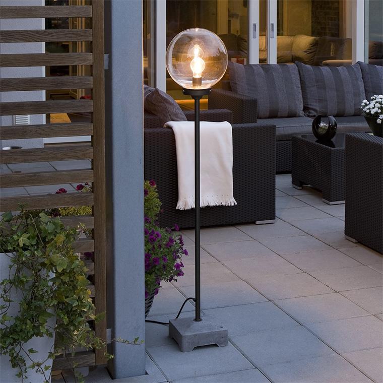 Hyggelig belysning på terrassen