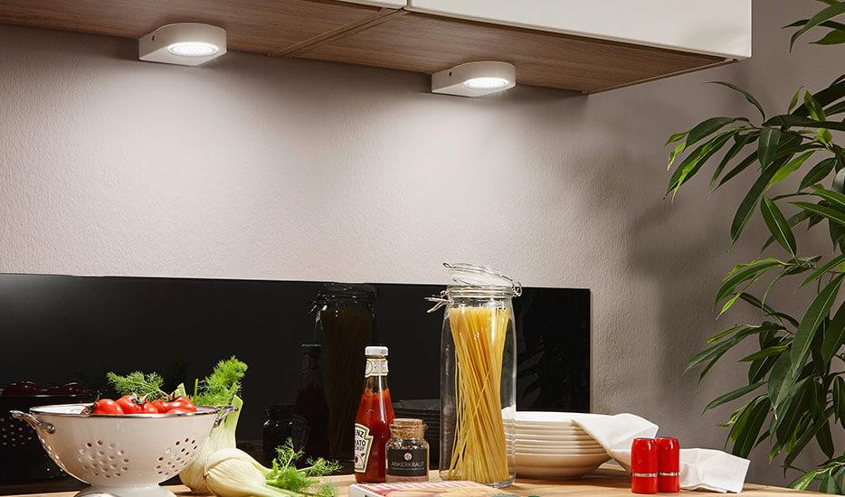 LED-underlampen Lavaio i hvid, sæt m 2 stk